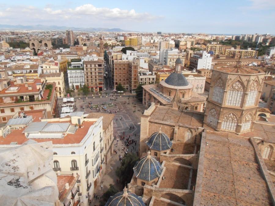 Vistas de la Catedral y la Pz Virgen desde el Miguelete